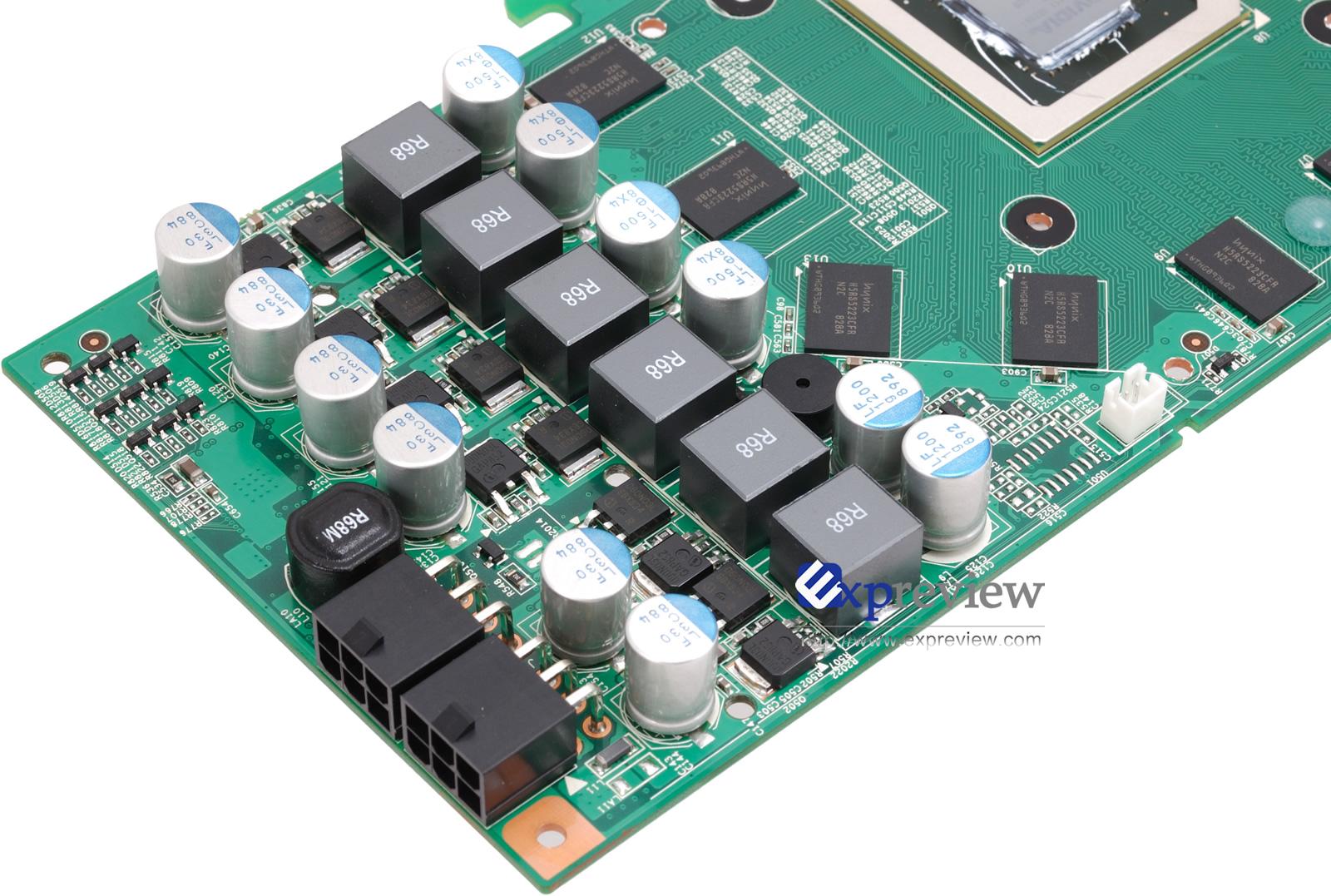 和多数同类产品一样,这款显卡需要接入双6pin PEG电源,但附件只有1条双大4D转6pin电源线,所以用户的电源至少需要提供一个PEG电源接口。   这款显卡最重要的卖点就是采用了Freezer DHT散热器,我们拿到的零售版只配备了2根热管,散热片材质为铝合金,做工稍显粗糙。另外,映众为发热量较大的MOS管配备了散热片,显存则省略。值得强调的是,这和初时宣传的3热管、显存布满散热片的解决方案不同。   从外观来看,整个显卡只是占用了2个PCI插槽的位置,其实不然,散热器的厚度导致第三根PCI设备无
