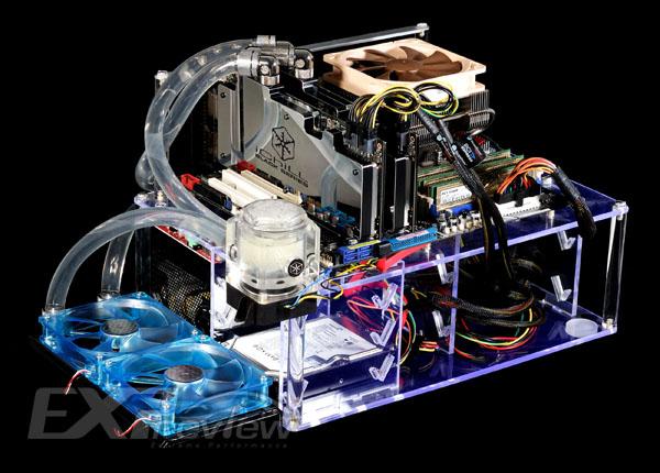 性能模式和极限模式下得分分别为P33950和X17704,相比单卡时的P22232和X9400提升幅度为53%和88.3%,可见GTX295的Quad SLI性能提升幅度还是比较大的。 全文总结    映众冰龙GTX295黑金版显卡作为一款水冷版显卡,在BitsPower的Black Freezer VG-NGTX295B水冷头辅助下温度比公版散热器有一定的下降:待机时由于显卡频率自动下调,故水冷(41)与风冷散热(43)时的GPU核心温度相差不大;在满载情况下,冰龙GTX295黑金版的两个GPU核心